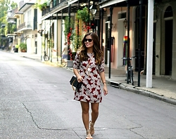 Quynh Tran - Zara Floral Shift Dress, Steve Madden Werk It Sandals, Saint Laurent Tassel Leather Clutch - The Big Easy