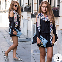 Diana Manolova - H&M Overall, American Apparel Denim Clutch, Pull & Bear Sunglasses, H&M Snake Print Sneakers - Summer comes to an end