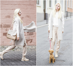 Nicola Marleen - Marc Cain Scarf, Marc Cain Blouse, Marc Cain Trousers, Marc Cain Boots, Marc Cain Bag - Dare to dream