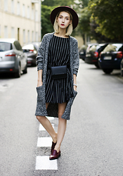 Olga Oktawia - Diverse Cardigan, Parfois Hat, Medicine Dress, Medicine Waist Bag, Zign Shoes - Mr. Cardigan