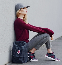 Ebba Zingmark - Stella Mccartney Cap, Chiquelle Jumper, Cheap Monday Jeans, Fjällräven Backpack, Reebok Sneakers - IN MY MIND