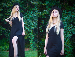 Adrianna Ghost - Forever 21 Dress, Forever 21 Hat - <3fall