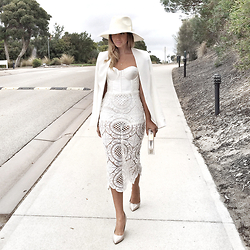 Friend in Fashion * - Mischa Collection Lace, White, Sarah J Curtis Wool - WHITE ON WHITE ON WHITE