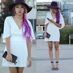 Jeannie Y - Marciano Cape Dress - Wispie White