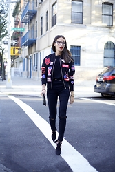 Alex Closet - Moschino Jacket - Black patches