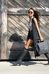 Linh Niller - Violet Ray Black Carryall Bag, Zara Duster Vest, H&M Geometric Print Shirt, Retrosuperfuture Sunnies - Lace Ups x Duster Vest