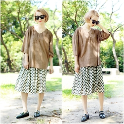Crystii Lin - Choies Brown V Neck 3/4 Sleeve Suedette Loose T Shirt - Natural color