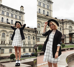 Vlada Kozachyshche - Glasses, Dress, Pull & Bear Blazer, Zara Sandals - Kinda Formal