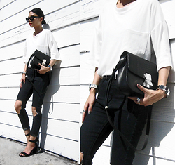 Visa Lom - Shein White Pocket Tee, Jcos Box Bag, Artikel Bar Cuff Bangle, Plastictail Simple Cat Eye Sunglasses - JCOS