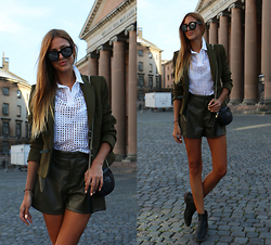 Andrea Gomez - Zara Blazer, Zara Shorts, Gucci Bag, Zara Polo, Italia Independent Sunnies, Zara Shoes - INSTAGRAM @lacitorojo