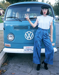 Amy Roiland - Pepaloves Pants - Peace Ya'll