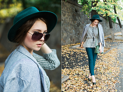Helena Ivanova - Knitted Peplum Top, Light Long Grey Jacket, Skinny Pants, Sunglasses - Fall outfit
