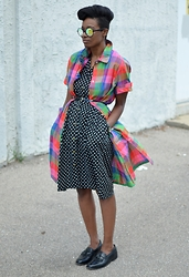 Sushanna M. - Zerouv Kaleidoscope Sunglasses, Fiery Finish Vintage Plaid Shirt Dress, Thrifted Vintage Polka Dot Shirt Dress, Thrifted Vintage Men's Black Wingtip Tassel Loafers - Color Me Plaid
