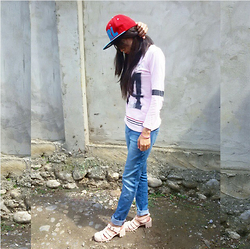 Tika Hutagalung - Girl Snap Back, 74, Ada, Jelly Shoes - Today's Outfit