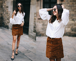 Bea G - Blouse, Skirt, Shoes - Suede in Barcelona