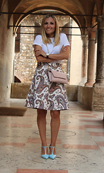 Eniwhere Fashion - Zara Tshirt, Zara Midi Skirt, Zara Minibag, Zara Heels - Totally ootd Zara