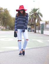 Bárbara Marques - Zara Hat, Primark Sweater, Salsa Jeans, Zara Shoes, Purificacion Garcia Bag, Marc By Jacobs Sunglasses - That hat