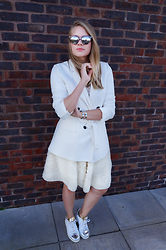 IIDA H - Zara White Blazer, H&M Feather Midi Skirt, Adidas Stan Smith Trainers, Le Specs Halfmoon Magic Sunnies - <whiteout>