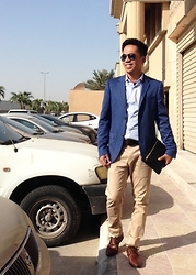 Ahmad Talon - Topman Blazer, Topman Shirt, Ray Ban Sunglasses - Friday Habit