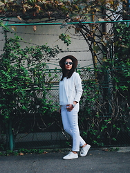 Silvia F. - Christian Dior Sunglasses, C&A Jacket, C&A Blouse, C&A Jeans, C&A Sneakers, Fossil Watch, Stradivarius Hat - White-out