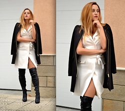 Martina Manolcheva - H&M Vest Dress, H&M Coat - White Vest Dress