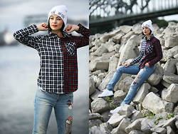 Aleksandra L. - Choies Shirt, Zara Hat, Nike Shoes, Bon Prix Jeans - IT'S COLD OUTSIDE