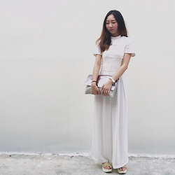 Bernice Rovellna - H&M Top, Zara Clutch, Topshop Platform Sandals - COLOURLESS