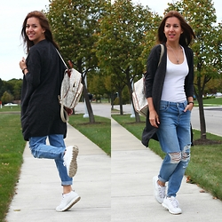 Beauty Mark Lady - Michael Kors Backpack, Topshop Jeans - Look of the day from Pennsylvania