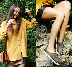 Blertina Shabani - The Fabric Social Rees, Steve Madden Slip On - The Mustard Rees