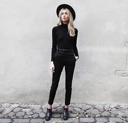 Ebba Zingmark - Reval Denim Guild Hat, Reval Denim Guild Pants, Henry Kole Boots - BLACK BIRD