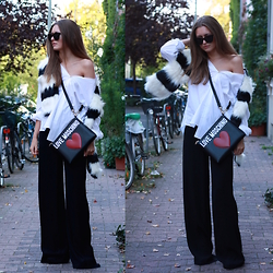 Livia Auer - Love Moschino Bag, Asos Fake Fur Scarf, Le Specs Halfmoon Magic, Edited The Label Pants - LOVE MOSCHINO