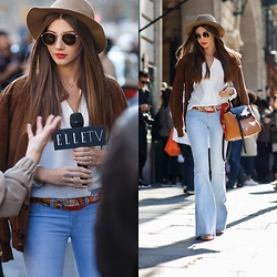 Larisa Costea - Ymi Jeans Flared - Paris Fashion Week Day 2