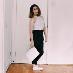 Shaghaiegh Hoshiar - Brandy Melville Usa Crop Top, Monki Trousers, Zara Clutch Bag, Converse - Lack of purple