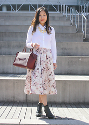 Mary G - The Kooples Boyfriend White Shirt, Lc Lauren Conrad Runway Floral Midi Skirt, Jil Sander Heeled Booties, Celine Ring Bag - Burgundy for Fall: Celine Ring Bag