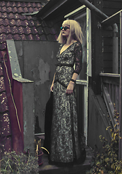 Malin Z - Wholesalebuying.Com Lace Dress, Giant Vintage Sunglasses - Lacey