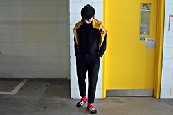 Dan Pantoja - American Apparel Black Cuffed Beanie, Asos Wool Cropped Smart Trousers, Adidas Black Adilettes - MCDONALDS APPROVE Δ