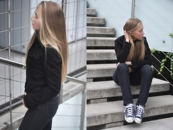 Dominica Justyna - Lee Jeans Jacket - Movesfashion.com
