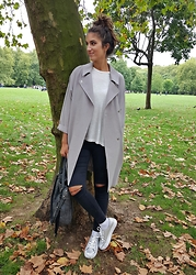 Julia - Topshop Jacket, Topshop Jeans, Tk Maxx Bag - SILVER & SIMPLE AESTHETIC