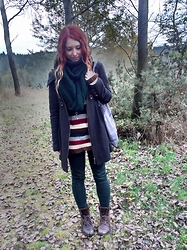 Shira Elizabeth - C&A Geay Coat, Handmade Green Infinite Scarf, Handmade Striped Autumn Sweater, Handmade Lazy Pusheen Totebag, Tally Weijl Green Trousers, Brown Men Shoes - Get lost in woods