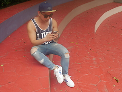 DADA FAB - Billabong Snapback, H&M Statement Shirt, Zara Ripped Jeans, Adidas Superstar Sneakers - Rugged Realness