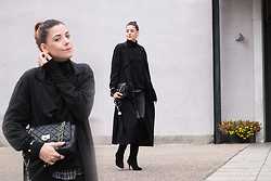 Alix M - Zara Coat, Dkny Quilted Bag - ItsAlix.com wears: All Black