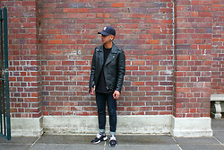 Dan Pantoja - Mlb New York Yankee Hat, Neuw Leather Biker Jacket, I Love Ugly Raw Selvedge Jeans, Nike Prestos - NEVER ENDING Δ
