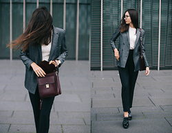 Bea G - Blazer, Jumper, Trousers, Shoes, Bag - Office Wear