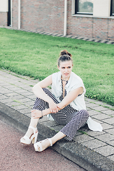 Alexandra H - Monki Denim Piece, Zaful Dotted Jumpsuit, Primark Sandal Block Heels, Fossil Peace Bracelet - Denim & Dots