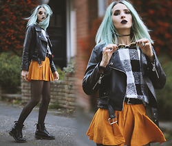 Gina Vadana - Style Moi Skirt, Dr Martens Boots, Style Moi Sweater, La Moda Faux Septum, Style Moi Jacket - FALL IN LONDON