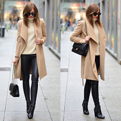 Barbora Ondrackova - Balenciaga Leather Leggings, Givenchy Boots - BEIGE AND CAMEL
