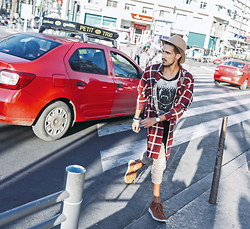 Mohcine Aoki - Hater Snapback Wool Felt Fedora Tan, Vintage Plaid Shirt, Les éclaires T Shirt, H&M Khaki Pants, Pull & Bear, Alexxander Watches Mark 1, Aldo Accessories - Streets