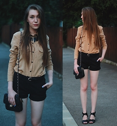 Andreea Miclăuş - Yoins Blouse, Caramel.Ro Bag, Stradivarius Sandals - I'll collect your autumn poems /