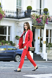Shiny Syl -  - Red suit