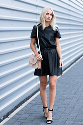 Anita VDH - Ivyrevel Faux Leather Black Dress, Zara Black Strapy Heels, Mango Nude Shoulder Bag - Flower Pattern